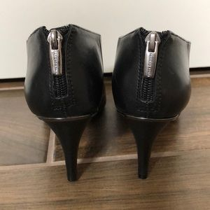 Vince Camuto Shoes - Black leather low cut boots.